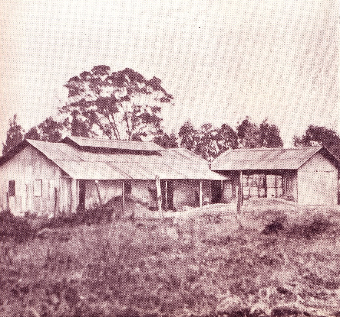 The first District Commissioner's Office and Court House in Nairobi in 1900